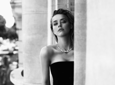 Pictures of adorable Amber Heard