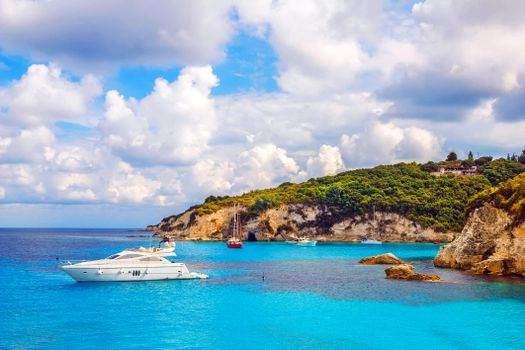 Бесплатно море, фото горячие яхты