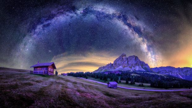 Panorama of the milky Way in Northern Italy · free photo