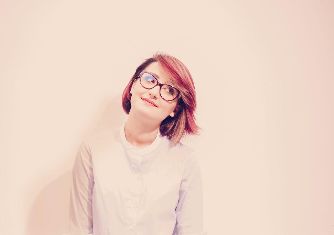 Фото свет девушка волосы - бесплатные картинки на Fonwall