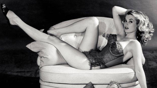 Photo free actress, blonde, Anita Ekberg