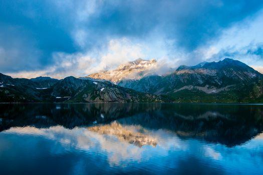 Photo free day, mountain, mist
