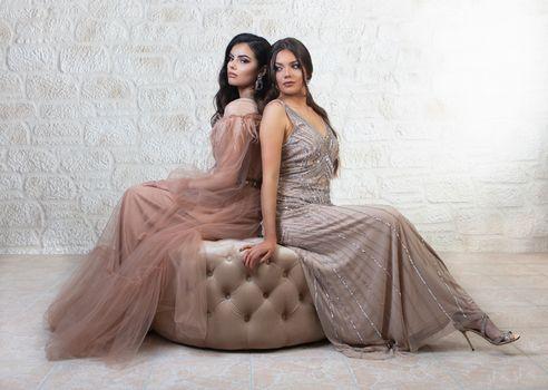 Photo free girls, two, sitting