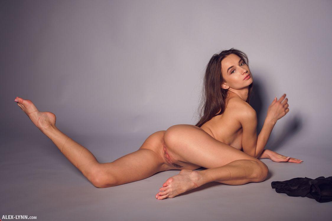 Глория Сол киска губами · бесплатное фото