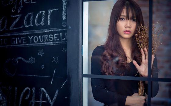 Фото бесплатно азиатские женщины, грустное выражение, окно