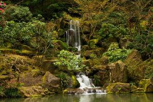 Заставки Portland Japanese Garden Waterfall, водопад, парк