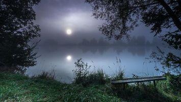 Бесплатные фото ночь,луна,озеро,деревья,лавочка,пейзаж