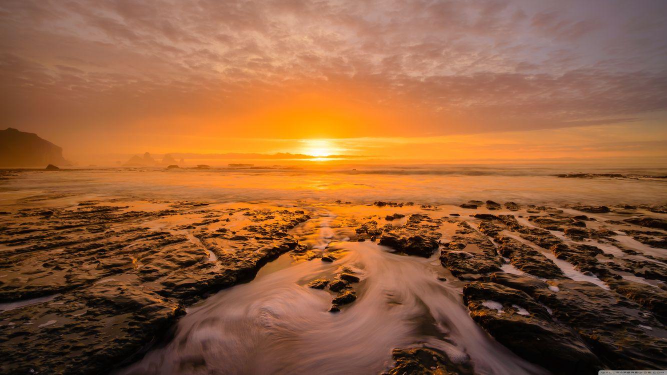 Фото бесплатно пейзаж, смеркаться, океан, закат солнца, небо, горизонт, восход, море, солнце, утро, берег, солнечный лучик, атмосфера, облако, волна, пейзажи