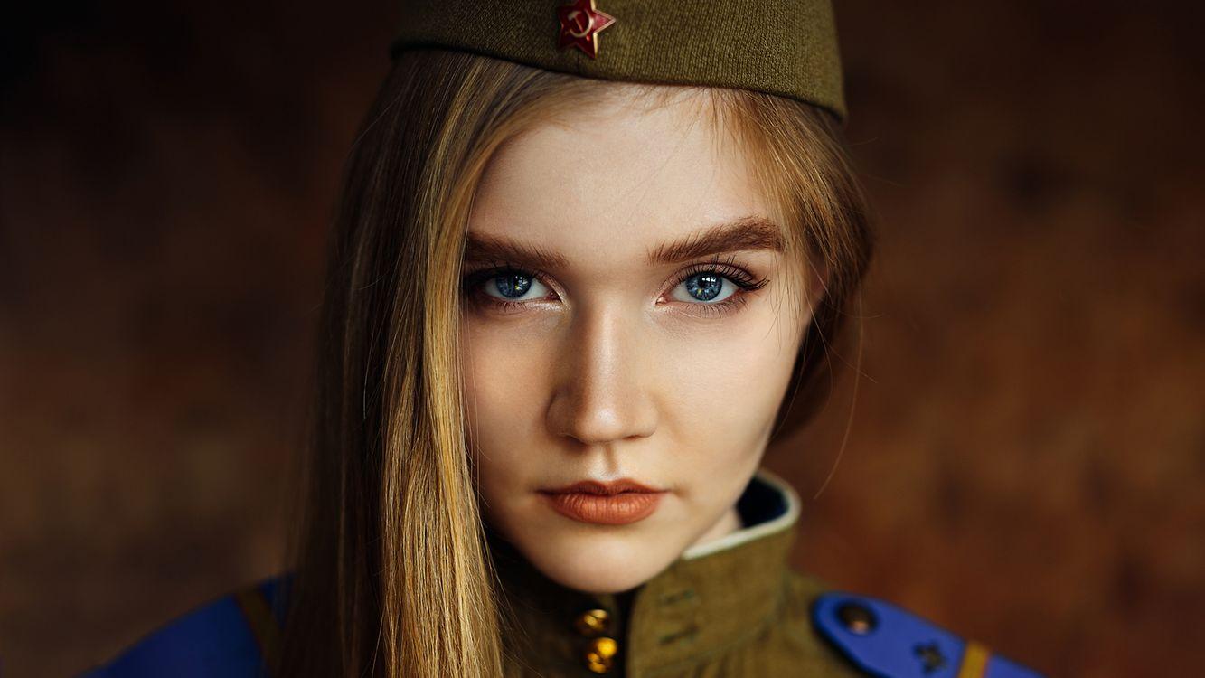 Фото бесплатно 9 мая, женщины, пилотка, блондинка, лицо, портрет, голубые глаза - на рабочий стол