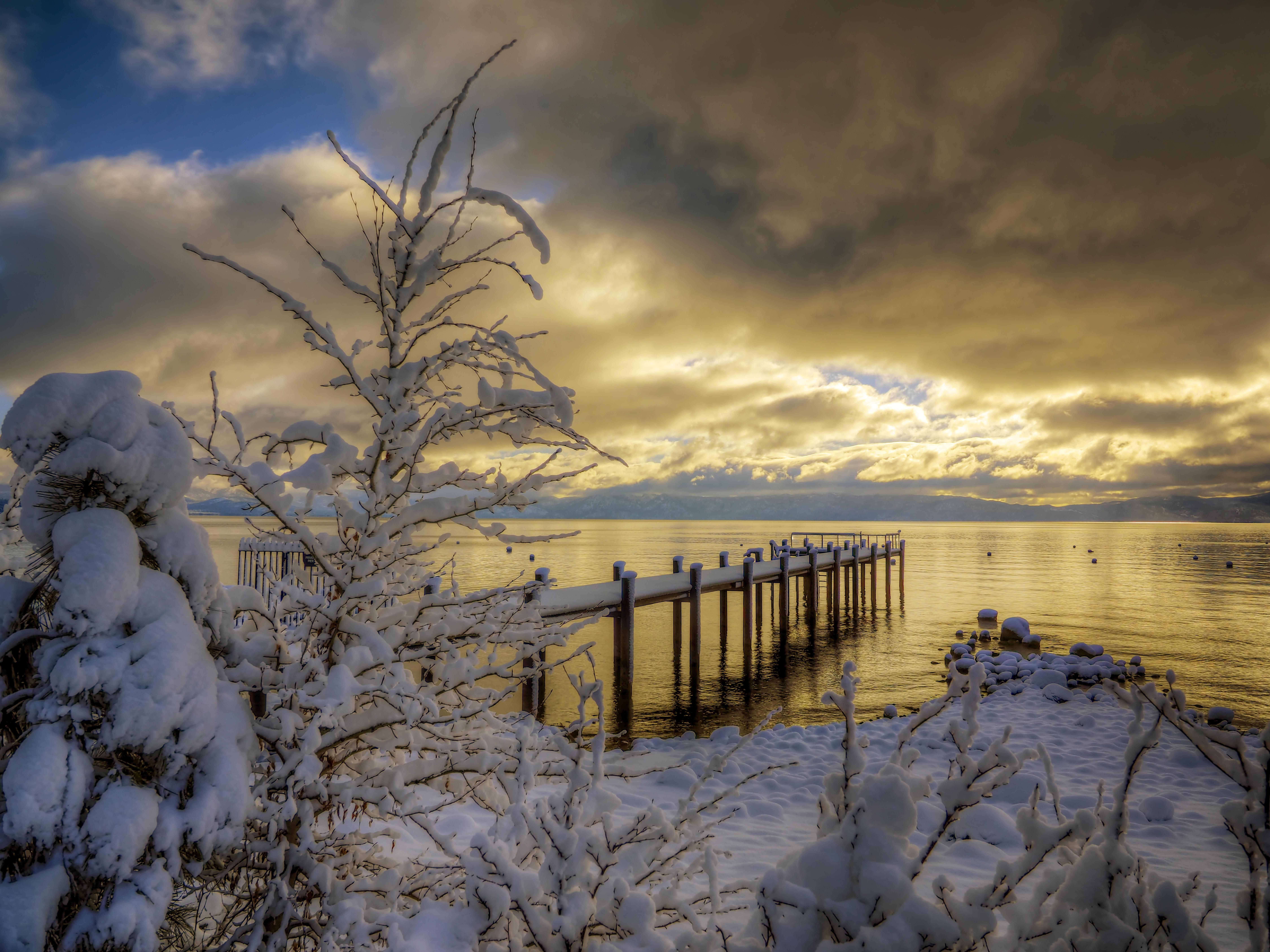 Обои водоем Тахо, утро, снег, зима
