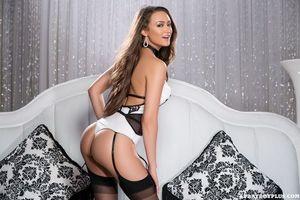 Бесплатные фото Deanna Greene,модель,красотка,голая,голая девушка,обнаженная девушка,позы