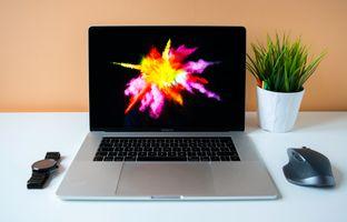 Бесплатные фото бизнес,компьютер,яблоко,рабочее место,стол,офис,рабочий стол