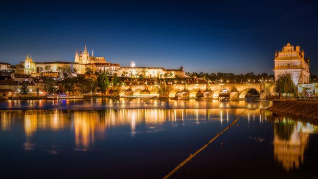 Заставки Prague Castle, Charles Bridge, Прага