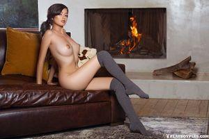 Бесплатные фото Eden Arya,модель,красотка,голая,голая девушка,обнаженная девушка,позы