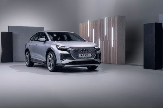 Photo free Audi, metallic, crossover