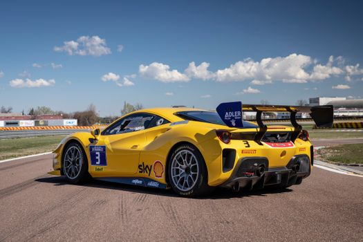 Photo free cars, Ferrari, yellow