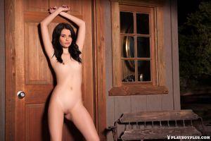 Бесплатные фото Salena Storm,модель,красотка,голая,голая девушка,обнаженная девушка,позы