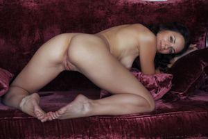 Бесплатные фото Ardelia A, Alina, Alina P, красотка, голая, голая девушка, обнаженная девушка