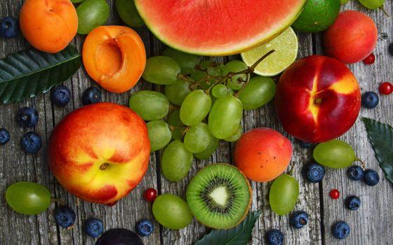 Photo free grape, kiwi, watermelon