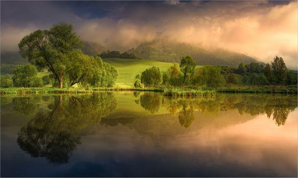 Утро у маленького пруда в Штирии, Австрия