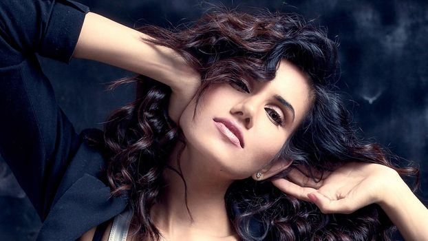 Photo free Sonnalli Seygall, indian celebrities, girls