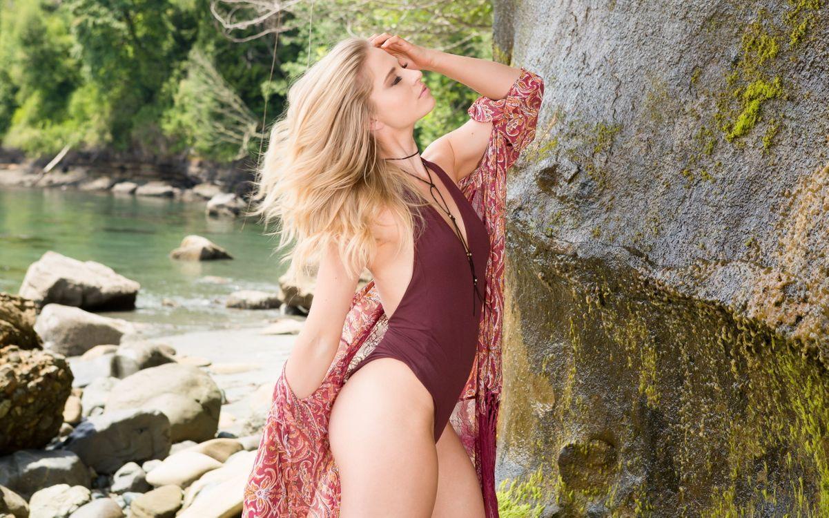Фото бесплатно майя рае, купальник, блондинка, озеро, maya rae, swimsuit, blonde, lake, эротика