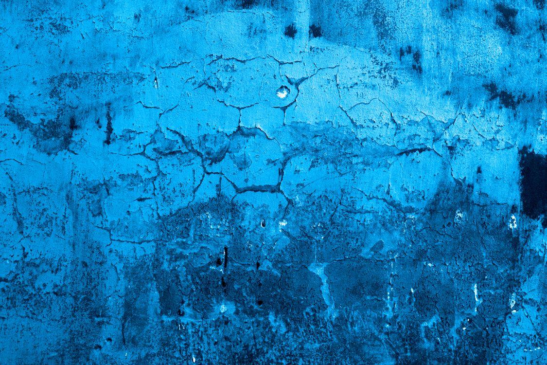 Потрескавшаяся краска на стене · бесплатное фото