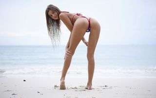 Фото бесплатно maria ryabushkina, maria, tara, melena, maria rya, брюнетка, пляж, струнный бикини, загорелая, улыбка, задница, ультра-привет-q, море, brunette, beach, string bikini, tanned, smile, ass, ultra hi-q, sea