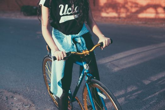 Photo free girl, bicycle, background