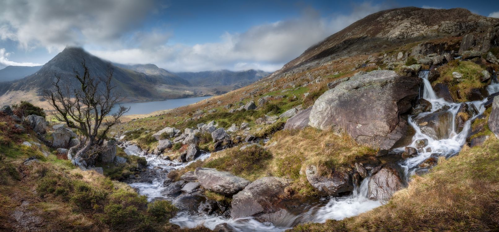 Фото Великобритания каменистый ручей панорамный - бесплатные картинки на Fonwall