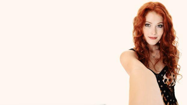 Бесплатные фото heidi romanova,pov,redhead,платье,dress