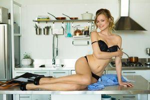 Бесплатные фото Olivia Preston,модель,красотка,позы,поза,сексуальная девушка,PLAYBOY
