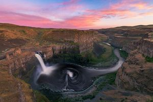 Бесплатные фото Palouse Falls State Park,Washington,закат,водопад,скалы,горы,Палаус-Фолс-Стейт-Парк
