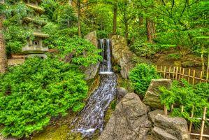 Обои В Японском саду, японский сад, Спокан, Штат Вашингтон, водопад, камни, деревья, парк, пейзаж