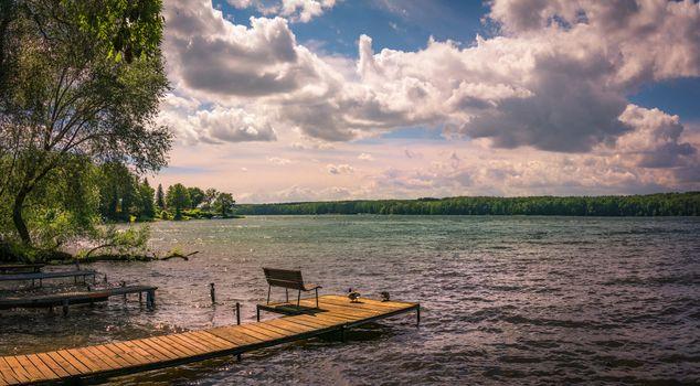 Заставки озеро, мостик, причад