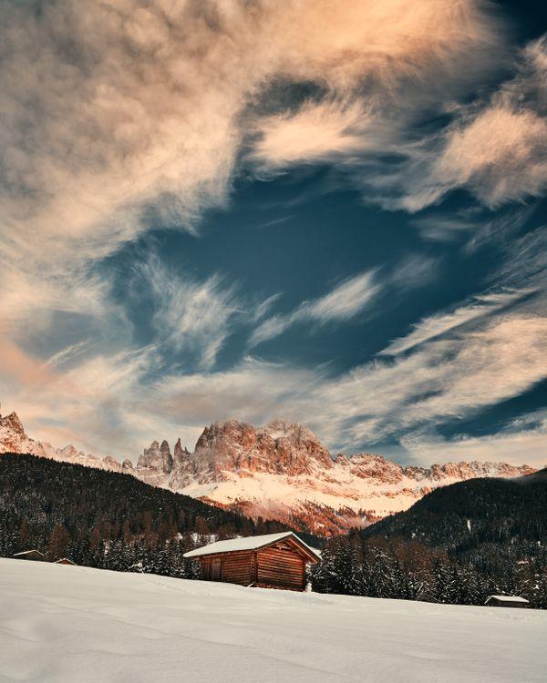 Картинка горы, снег, зима, верхняя, структура на рабочий стол. Скачать фото обои пейзажи