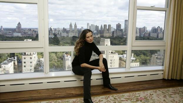 Photo free window, sitting, dress
