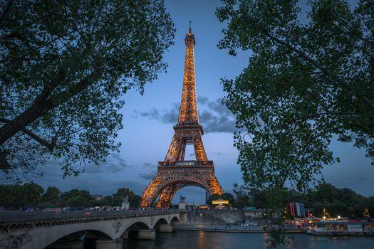 Заставки Seine River, Paris, ночь