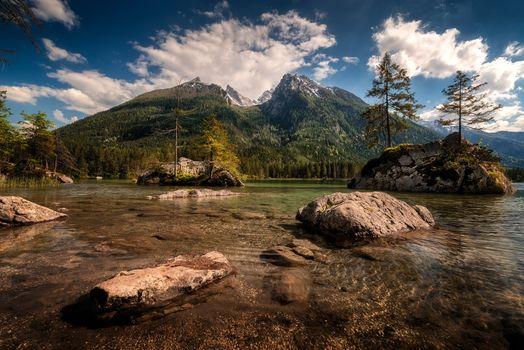 Фото бесплатно деревья, остров, горы