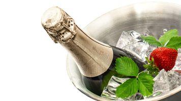 Фото бесплатно напиток, шампанское, лёд, бутылка
