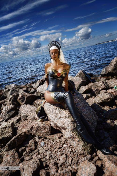 Anya Voivodova cosplay photoshoot on the shore · free photo