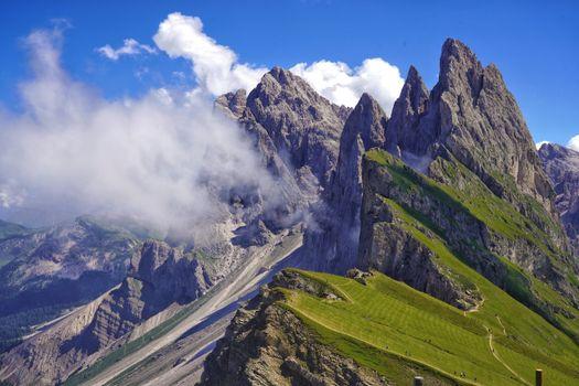 Фото бесплатно облака, итальянская скала, пейзажи
