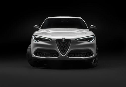 Photo free Alfa Romeo Stelvio Ti, luxury off-road, view from front