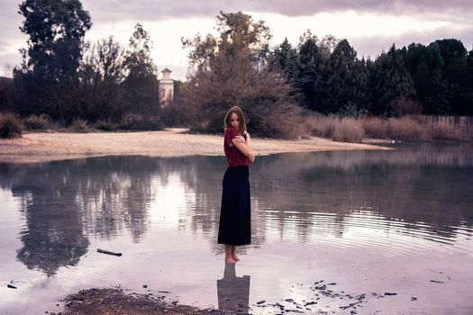 Photo free women outdoors, model, water