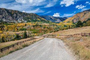 Бесплатные фото San Juan Mountains,Colorado,осень,горы,деревья,лес,дорога
