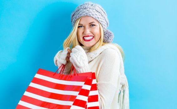 Фото бесплатно алые губы, цветной фон, женская перчатка