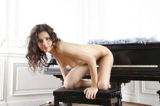 Сексуальная девушка Аналия Флорес