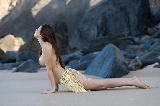 Бесплатные фото alisa i,alisa amore,сексуальная девушка,взрослая модель,сиськи,большие сиськи,ню,пляж,горячая,брюнетка