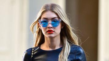 Фото бесплатно Gigi Hadid, голубые очки, знаменитости