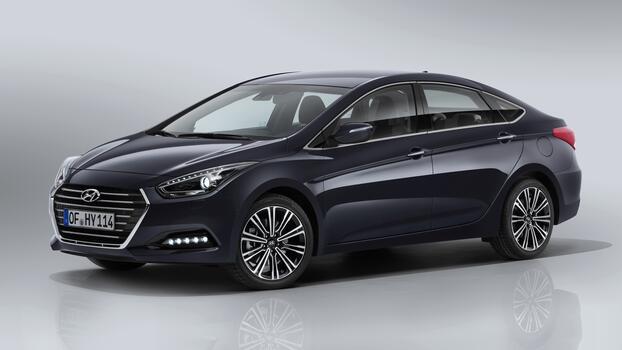 Photo free sedan, side view, hyundai i40